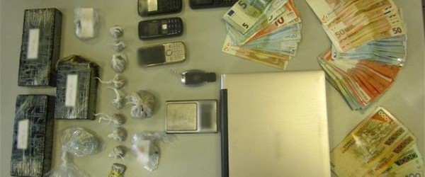Συλλήψεις για ηρωίνη στον Τύρναβο