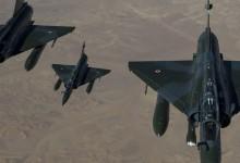 Με τουλάχιστον 20 βόμβες το πρώτο σφυροκόπημα των Γάλλων στο Ισλαμικό Κράτος