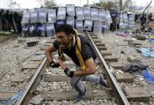 Ειδομένη: Άγριο ξύλο στην κάμερα με χημικά και δεκάδες τραυματίες (video)
