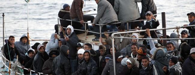 Καραβιά μεταναστών έρχεται στο Βόλο