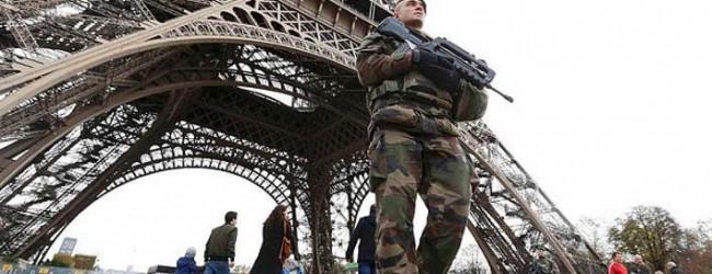 Πόσο ασφαλές είναι να ταξιδέψεις στο Παρίσι και τι να κάνεις αν βρίσκεσαι εκεί