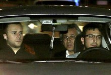 Συνέλαβαν 2 δημοσιογράφους της Χουριέτ γιατί αποκάλυψαν πως ο Ερντογάν έστελνε όπλα στη Συρία