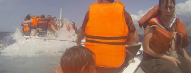 Ινδονησία: Στους 63 αυξήθηκαν οι νεκροί του ναυαγίου ενός πορθμείου