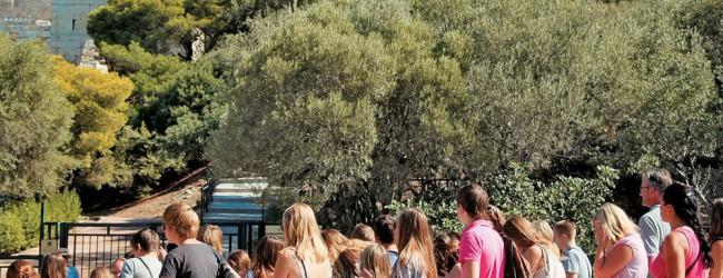 DW: Χρονιά ρεκόρ το 2016 για τον ελληνικό τουρισμό