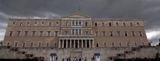 Οι Ελληνες γυρίζουν την πλάτη στην πολιτική -Το 34% δεν νιώθει κοντά σε κόμμα