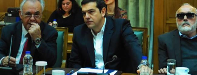 Τσίπρας: «Κόκκινη γραμμή» μας μόνο οι κύριες συντάξεις