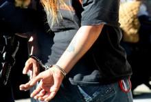 Συνελήφθη η γυναίκα που εξαπατούσε ως εφοριακός ηλικιωμένους στη Λάρισα