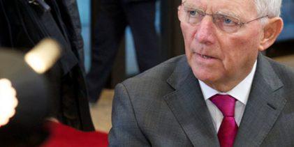 O Σόιμπλε υπονοεί πάλι Grexit: Χρειάζονται μεταρρυθμίσεις, όχι ελάφρυνση