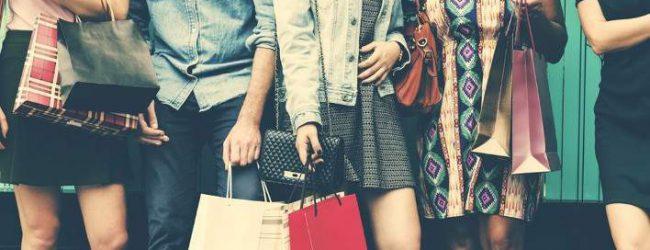 Black Friday αύριο: Τι είναι, ποια καταστήματα συμμετέχουν στην Ελλάδα