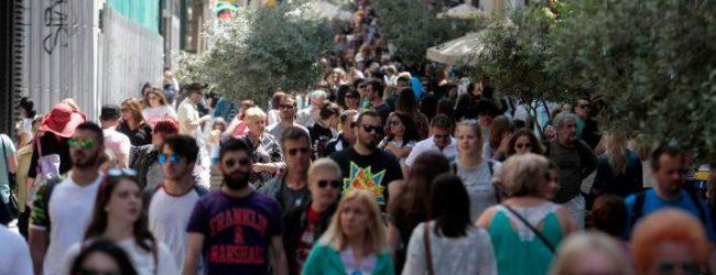 Στην Ελλάδα 8 στα 10 νοικοκυριά αδυνατούν να πληρώσουν έγκαιρα τους λογαριασμούς τους