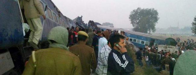 Εκτροχιασμός τρένου στην Ινδία: Τουλάχιστον 91 νεκροί, πάνω από 150 τραυματίες (vid)