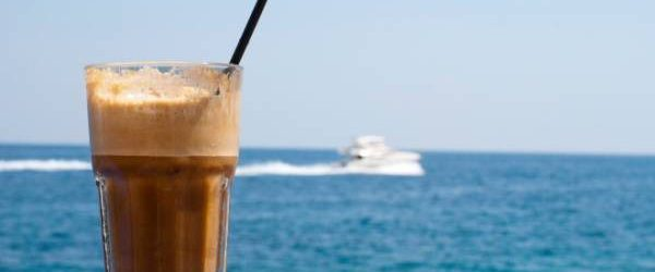 Ελληνικός, φραπέ ή εσπρέσο; Ποιός καφές είναι περισσότερο βλαπτικός για την υγεία μας;