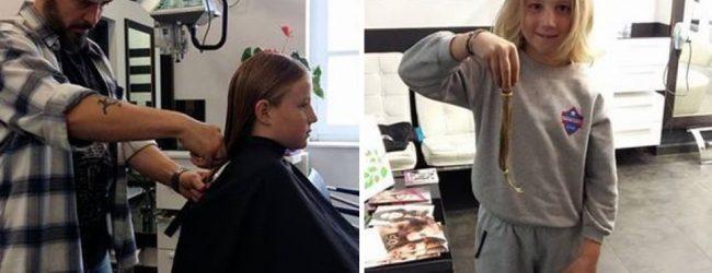 Εννιάχρονος από τη Σύρο δωρίζει τα μαλλιά του σε παιδιά με καρκίνο