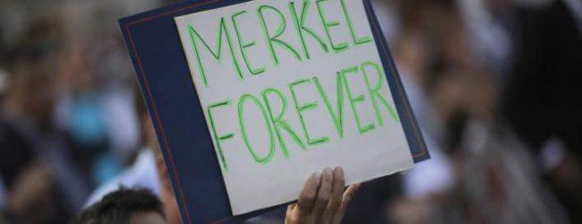 Στα ύψη η δημοτικότητα της Ανγκελα Μέρκελ -Το 64% θέλει να διεκδικήσει νέα θητεία