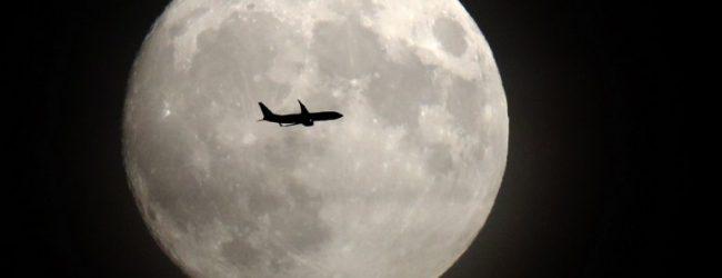 Εντυπωσιακές φωτογραφίες – «ζέσταμα» για το σούπερ φεγγάρι της Δευτέρας