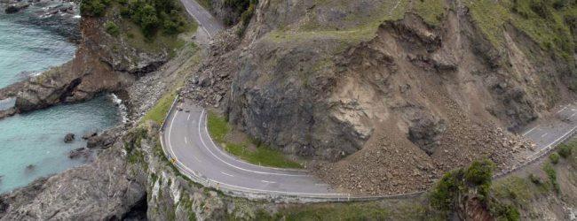Σείεται η γη στη Νέα Ζηλανδία -Μπαράζ ισχυρών μετασεισμών μετά τα 7,8 Ρίχτερ [εικόνες]