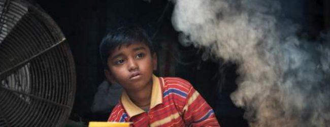 Tο ένα τρίτο των παιδιών στις φτωχές χώρες πάνε στη δουλειά αντί για το σχολείο