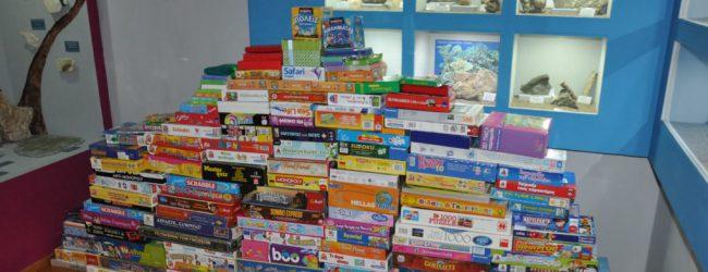 Παιδικά παιχνίδια για παιδιά συγκέντρωσε το Μουσείο Φυσικής Ιστορίας Βόλου