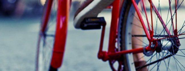 Λάρισα: Ανήλικοι έκλεψαν ποδήλατο από παιδί και ζητούσαν… λύτρα