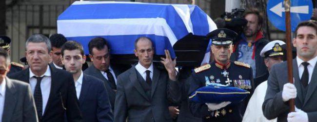 Σήμερα η ταφή του Κωστή Στεφανόπουλου στην Πάτρα