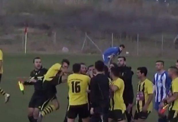 Βόλος:Πολύμηνες φυλακίσεις σε ποδοσφαιριστές για ξυλοδαρμό διαιτητή