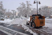 Στο νοσοκομείο δύο δημοτικοί υπάλληλοι λόγω ατυχημάτων από το χιονιά στη Λάρισα – Τι λέει ο πρόεδρος των Εργαζομένων