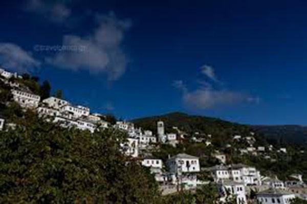 Με σύμμαχο τον καλό καιρό, αυξημένη στη Μαγνησία η κίνηση εν όψει του τριημέρου