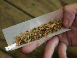 Συνελήφθη για κατοχή ναρκωτικών