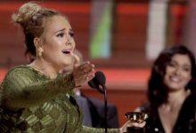 Grammy: Σάρωσε η Αντέλ -Με φουσκωμένη κοιλίτσα η Μπιγιονσέ -«Φωτιά» η Τζένιφερ Λόπεζ και το… λουκ της Lady Gaga (photos & vid)