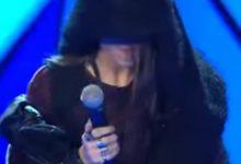 «The Voice»: Η εκκεντρική εμφάνιση διαγωνιζόμενης που έκανε τον Καπουτζίδη να απορήσει