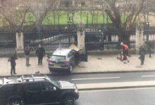 Πυροβολισμοί στο Λονδίνο, έξω από το βρετανικό Κοινοβούλιο -Ανδρας μαχαίρωσε αστυνομικό