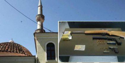 Συναγερμός στην Ξάνθη: Βρέθηκαν όπλα και σφαίρες σε τζαμί