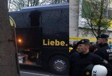 Τρεις εκρήξεις δίπλα στο λεωφορείο της Ντόρτμουντ – Άγνωστο αν πρόκειται για τρομοκρατία