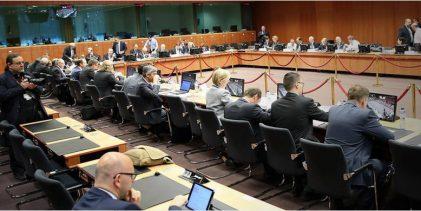 Εμπλοκή στο Eurogroup: Άγρια σύγκρουση Σόιμπλε με ΔΝΤ