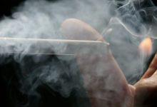 Παθητικοί καπνιστές επτά στους δέκα Έλληνες – Μειώνονται οι «θεριακλήδες»