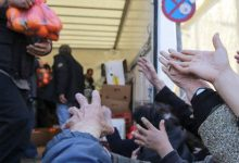 Χτύπημα στα φτωχά νοικοκυριά: Τα 4 επιδόματα που κόβονται