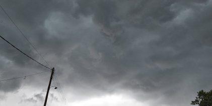 Έκτακτο δελτίο επιδείνωσης καιρού – Κακοκαιρία εξπρές την Τρίτη στη Βόρεια Ελλάδα και στη Θεσσαλία