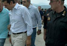 Δεν επέτρεψαν σε δημοσιογράφους από Σκάι και Ant1 να καλύψουν την επίσκεψη Τσίπρα στα καμένα