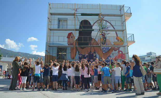 Εδωσαν χρώμα στον Βόλο με έργα τεραστίων διαστάσεων (photos)