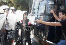 Επεισόδια έξω από το υπ. Δικαιοσύνης -Φοιτητές ζητούσαν την αποφυλάκιση της Ηριάννας, συμπλοκή με τα ΜΑΤ (photos)