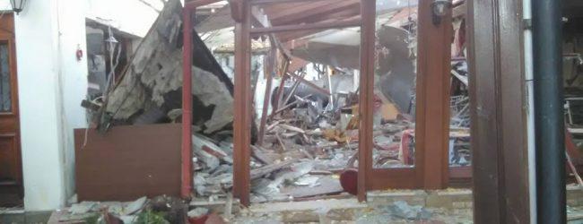 Βομβαρδισμένο τοπίο η Πορταριά – Από θαύμα δεν κινδύνευσαν ανθρώπινες ζωές