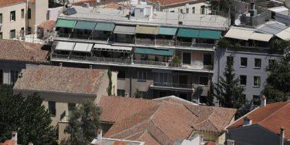 Για αντικατάσταση του ΕΝΦΙΑ με φόρο μεγάλης ακίνητης περιουσίας μιλά πάλι η κυβέρνηση