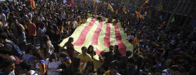 Καταλονία: Ξανά στους δρόμους σήμερα οι υποστηρικτές της ανεξαρτησίας