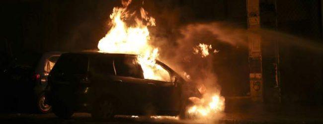 Γιατί όλο και περισσότερα ΙΧ στην Ελλάδα παίρνουν φωτιά εν κινήσει -Τι συμβαίνει