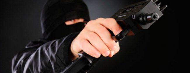 Απόπειρα ένοπλης ληστείας στη Λάρισα – Κουκουλοφόροι σε πρατήριο καυσίμων
