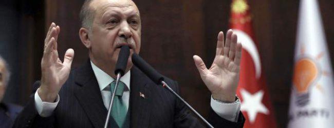 Κλιμακώνει και απειλεί ο Ερντογάν: Μην κάνετε τη λάθος κίνηση σε Κύπρο και Αιγαίο