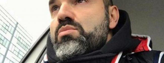 Επίθεση με βαριοπούλες καταγγέλλει ο Νάσος Γουμενίδης – To βίντεο που ανέβασε στο Facebook