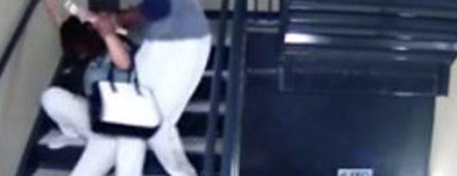 Βίντεο σοκ: Παίκτης του μπέιζμπολ χτυπά με λύσσα την κοπέλα του μέσα σε στάδιο