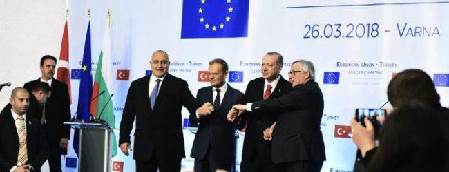 Spiegel: Ποιες χώρες τορπιλίζουν τη συμφωνία ΕΕ-Τουρκίας για το προσφυγικό