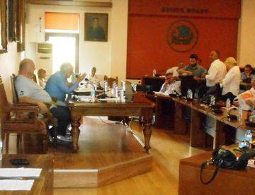 Βόλος: Σύμβουλοι – «λαγοί», τράπηκαν πάλι σε φυγή – Αγχώνονται για τον…Μπουτάρη, αδιαφορούν για την πόλη